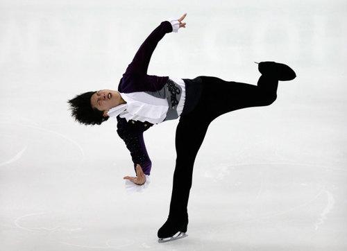 نمایش اسکیت باز ژاپنی در مسابقات بین المللی اسکیت روی یخ مردان در تایوان