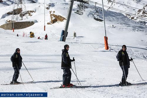 زنان گشت ارشاد در پیست اسکی