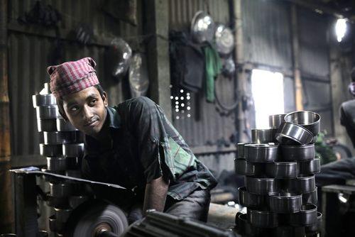 کارخانه تولید آلومینیوم در شهر داکا بنگلادش