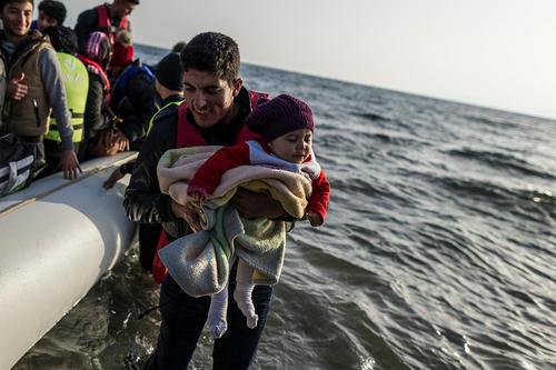 رسیدن پناهجویان خاورمیانه ای به جزیره لسبوس یونان