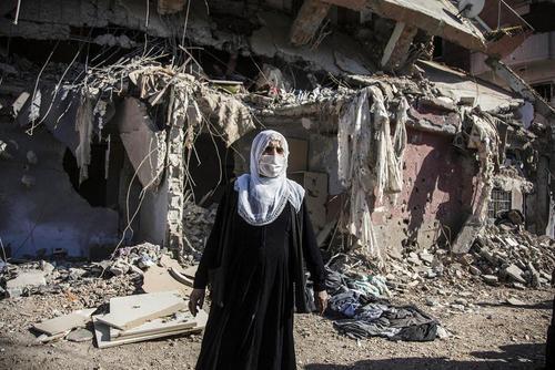بازگشت شهروندان شهر کرد نشین جیزره (جزیره) ترکیه به این شهر پس از 3 ماه درگیری بین نیروهای ارتش و شبه نظامیان وابسته به پ.ک.ک