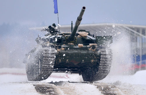 تانک «ت -72» در پادگان «آلابینو» مسکو