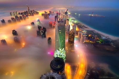 هوای مه آلود شهر دوبی