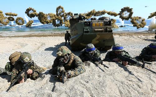 رزمایش مشترک نیروهای آمریکایی و کره جنوبی – کره جنوبی