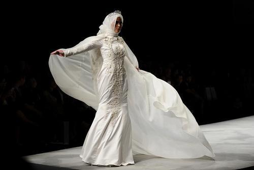 شو لباس عروس های زنان مسلمان در جاکارتا اندونزی
