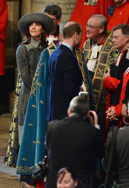 حضور پرنس ویلیام و کاترین میدلتون نوه و عروس ملکه بریتانیا در کلیسای وست مینستر لندن و در مراسم سالگرد