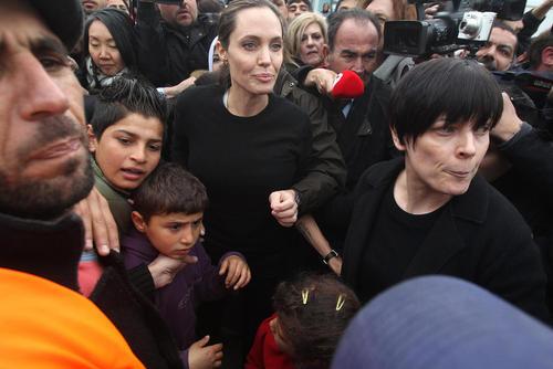 بازدید آنجلینا جولی از کمپ پناهجویان در یونان