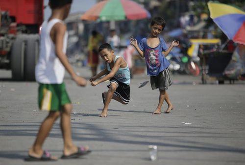بازی کودکان فیلیپینی – مانیل