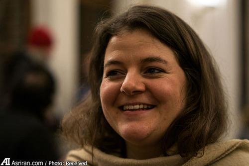 کاترینا لینک یکی از اعضای انجمن محلی که هزینه برگزاری این جشن را داده است