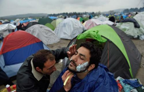 پناهجویان متوقف شده در مرز یونان و مقدونیه