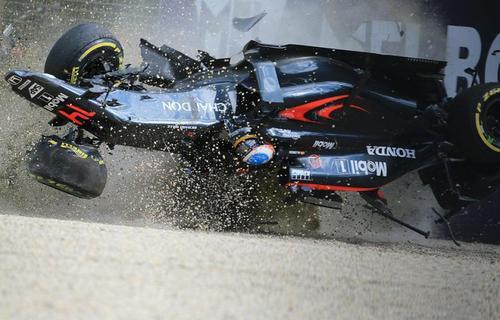 راننده اسپانیایی در مسابقه جایزه بزرگ استرالیا . عکس از اکلس کوبل - خبرگزاری فرانسه
