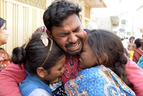 مراسم تشییع بیش از 70 قربانی حملات تروریستی اخیر در لاهور پاکستان