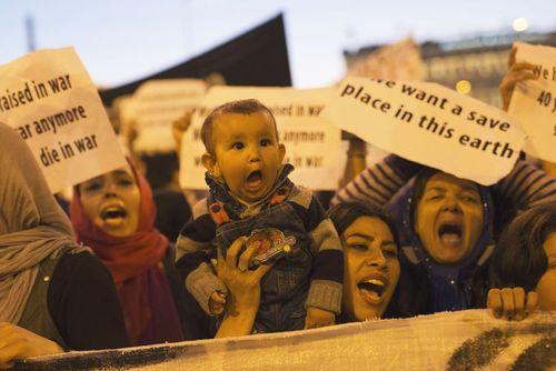 تظاهرات پناهجویان در آتن در اعتراض به سیاست های محدود کننده اتحادیه اروپا