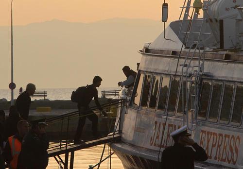 بازگرداندن پناهجویان به وسیله کشتی از یونان به ترکیه