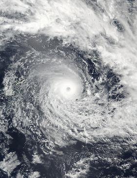 تصویر منتشر شده توسط ناسا از طوفان در اقیانوس آرام