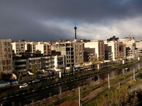 تهران بارانی- اتوبان جلال آل احمد- آرمان ایرانی