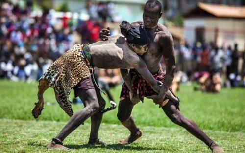 مسابقات قهرمانی کشتی در استادیوم شهر جوبا در سودان جنوبی