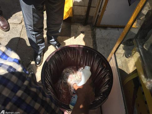 معدوم سازی کله پاچه های آلوده و فاسد که با پوست در کنار گوشت مرغ نگهداری می شد