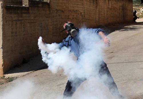تظاهرات جوانان فلسطینی در شهر نابلس در کرانه غربی
