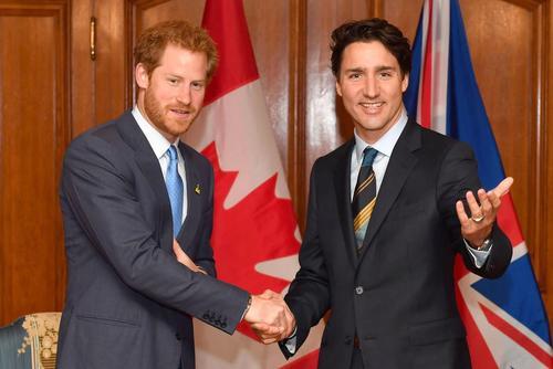 دیدار پرنس هری نوه ملکه بریتانیا با جاستین ترودو نخست وزیر کانادا در هتل رویال یورک در شهر تورنتو کانادا