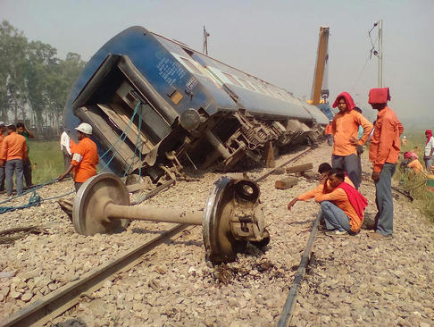 سانحه قطار در هاپور هند