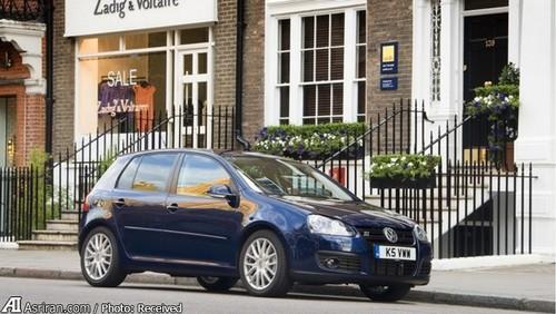 MkV GT  اسپورت   در واقع میتوان گفت این مدل گلف  با یک موتور 1.4لیتری بنزینی دوقلو و یک مجموعه دیزلی 2 لیتری  به پرفروشترین گلف تا سال 2009 تبدیل شد. سامانه تعلیق خودرو تا 15 میلیمتر کاهش یافت و و به ترمزهای GTI مجهز شدند.