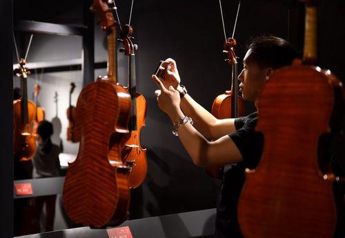 نمایشگاه بین المللی سازندگان ویولون در پکن