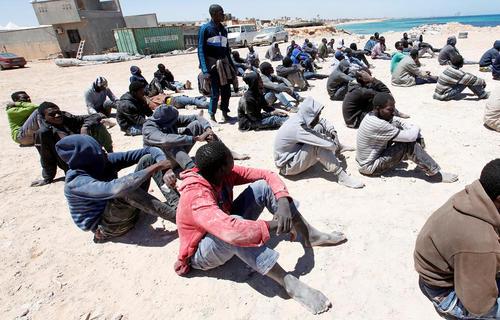 دستگیری دهها پناهجوی قاچاق آفریقایی در طرابلس لیبی