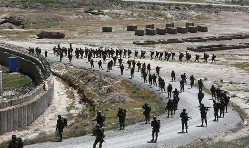رزمایش نیروهای ارتش افغانستان – کابل