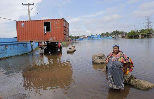 ادامه بحران آب گرفتگی و سیل در شهر کلمبو پایتخت سریلانکا