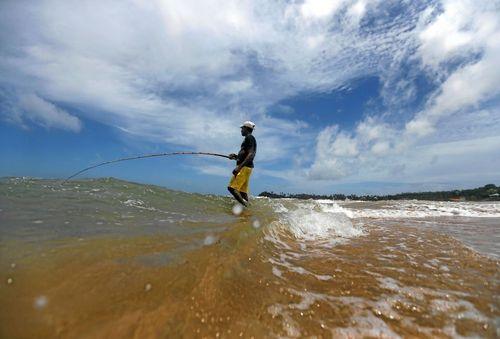 ماهیگیری در ساحل گاله در سریلانکا