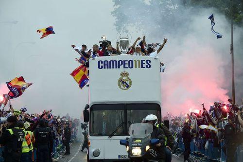 استقبال از تیم فوتبال رئال مادرید پس از کسب قهرمانی در جام یوفا- مادرید