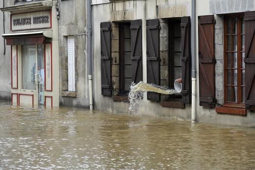 سیل در مناطق مرکزی فرانسه