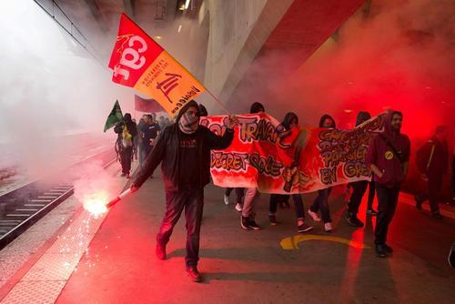 اعتصاب کارکنان راه آهن فرانسه – پاریس