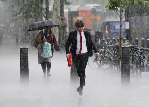 بارش شدید باران در لندن