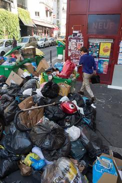 تلمبار زباله ها در پاریس
