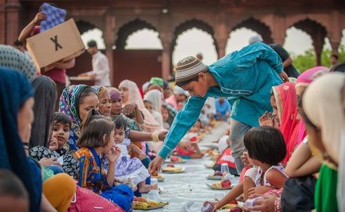 افطاری در مسجد – دهلی