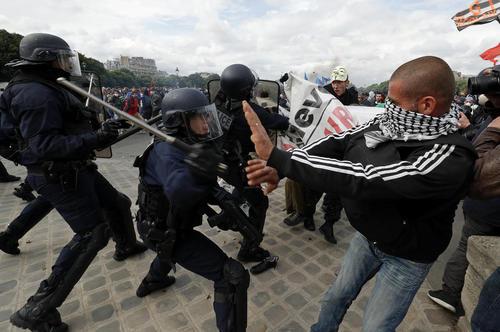 ادامه تظاهرات علیه اصلاح قانون کار فرانسه – پاریس