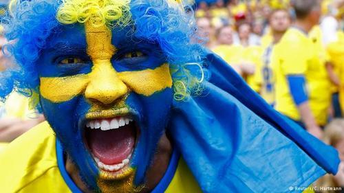 تیم ملی فوتبال سوئد یکی از دو کشور حوزه اسکاندیناوی است که در مسابقات ۲۰۱۶ حضور دارد. هواداران زردپوشهای سوئد امیدوارند که تیم ملی کشورشان بتواند با درخشش زلاتان ابراهیموویچ مرحله گروهی را با موفقیت پشت سر گذارد.