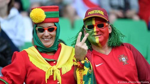 پرتغال نیز از کشورهایی است که فوتبال در آنجا حرف اول را میزند. ملیپوشان تکنیکی پرتغال نیز امید بزرگ فوتبالدوستان این کشور هستند. حضور کریستیانو رونالدو در ترکیب تیم ملی پرتغال امید طرفداران این تیم به موفقیت در جام ۲۰۱۶ را دوچندان کرده است.
