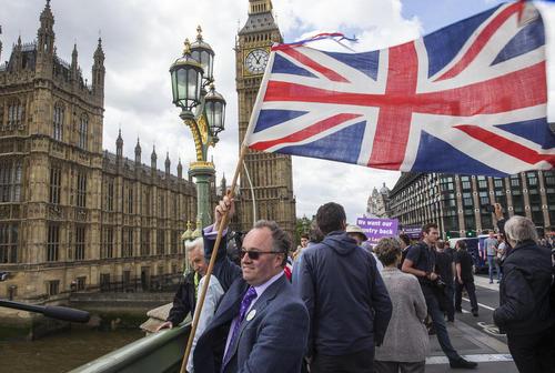گردهمایی حامیان خروج انگلیس از اتحادیه اروپا در لندن