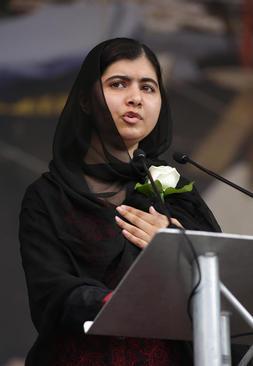 سخنرانی ملاله یوسف زی دختر پاکستانی برنده نوبل صلح در مراسم تولد 42 سالگی