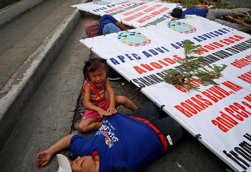 مانور مقابله با زلزله در شهر مانیل فیلیپین