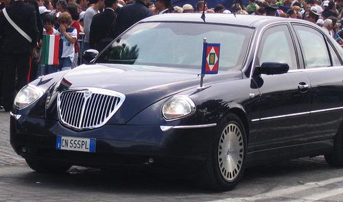 لانچیا ثسیس خودروی رئیس جمهور ایتالیا