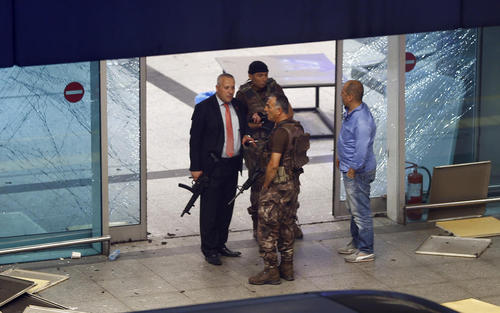 حمله تروریستی به فرودگاه بین المللی آتاترک استانبول
