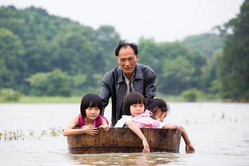 سیل در دوچانگ چین