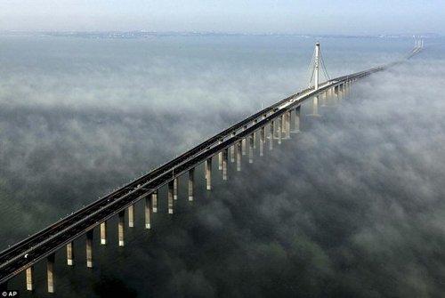 با صفاترین پل جهان,طولانی ترین پل جهان روی دریا