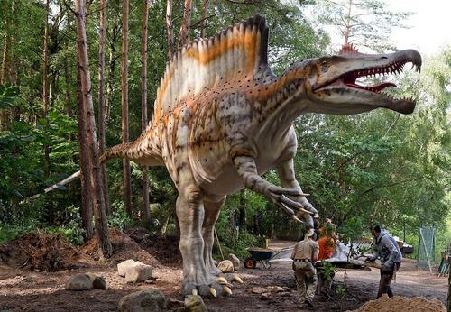 پارک دایناسور در هانوفر آلمان