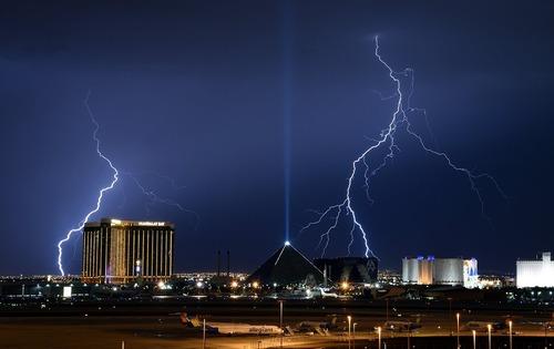 رعد و برق در لاس وگاس آمریکا