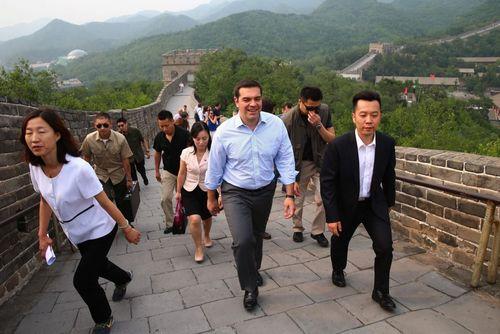 بازدید الکسیس سیپراس نخست وزیر یونان از محوطه تاریخی دیوار بزرگ چین – پکن